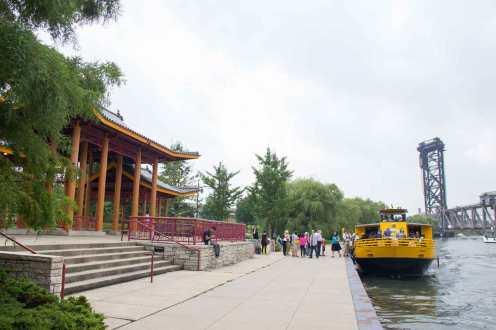 Bravo-Chinatown-Chicago-Water-Taxi